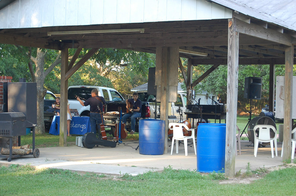 FOP-Cookout-May-22-2010-27